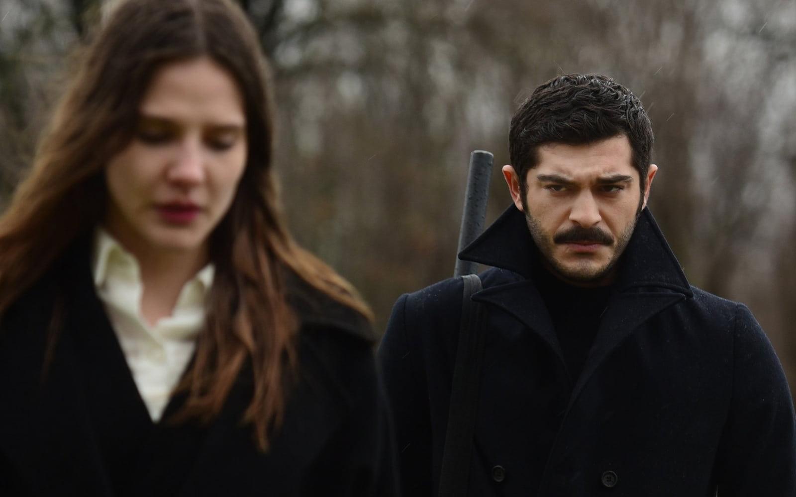 Бурак Дениз в сериале «Марашанец / Maraşlı» (2021)