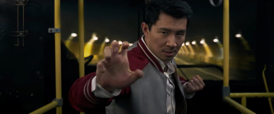 Симу Лю (Simu Liu) в фильме «Шан-Чи и легенда десяти колец / Shang-Chi and the Legend of the Ten Rings» (2021)